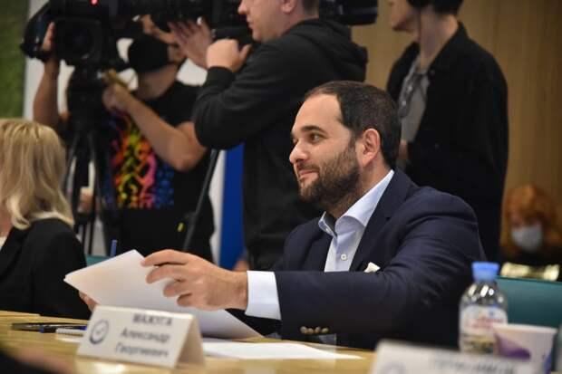 Константин Богомолов назвал главный стимул развития кино в России
