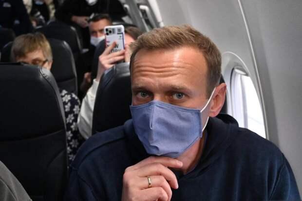 Навальный летит в Москву из Германии, 17.01.21.jpg