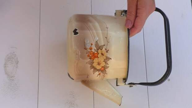 Отличное приспособление для кухни из старого чайника