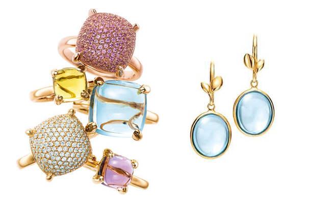 Кольца и серьги с цветными камнями.