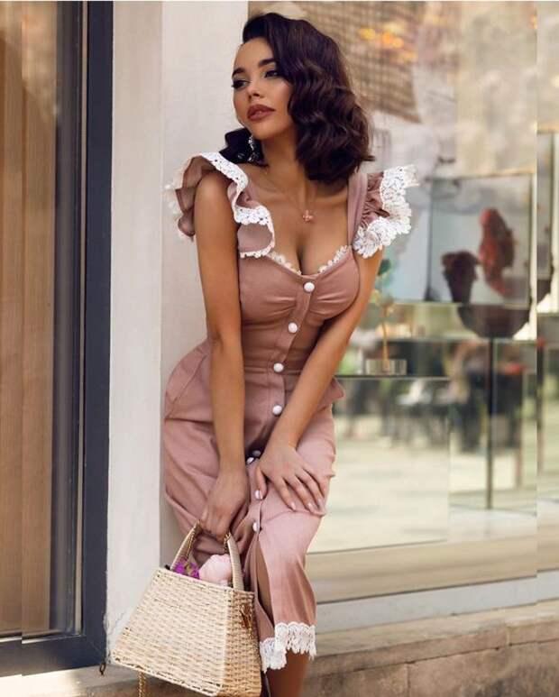 Самая женственная вещь гардероба, которая всегда вызывает восхищение