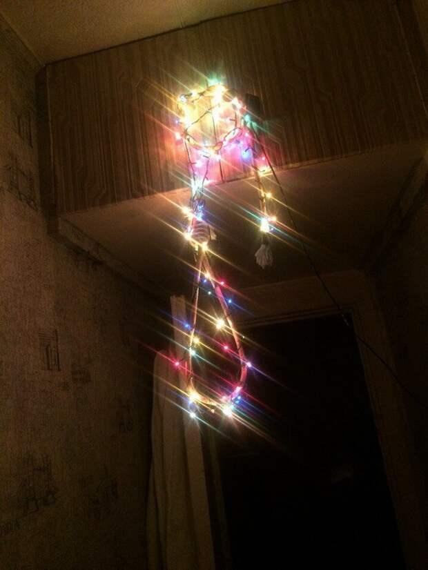 Практическая реализация гирлянды, новый год, праздник к нам приходит, праздники, прикол, юмор