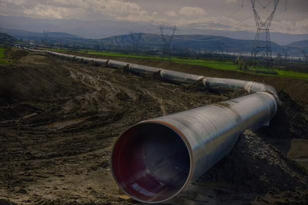 Александр Ирхин: сокращение нефтегазовых доходов существенно повлияет на национальную безопасность России
