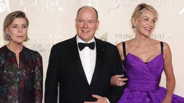 Женатый князь Монако Альбер II появился с Шэрон Стоун на гала-вечере Planetary Health