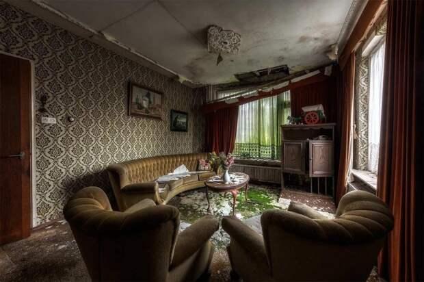 Разваливающийся дом в Нидерландах