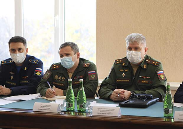 Военнослужащие Энгельсского соединения провели встречу с заместителем военного прокурора Центрального военного округа