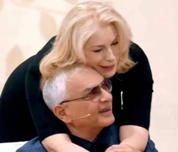 Карен Шахназаров заявил обидные вещи про вредные привычки Федосеевой-Шукшиной