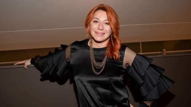 Алена Апина рассказала об операции по уменьшению талии