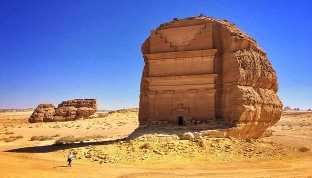 Каср аль Фарид: одинокий замок в Мадаин-Салих