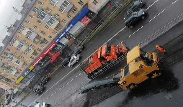«Ждем снега посерьёзней»: новый тротуар срезают наулицах Петрозаводска