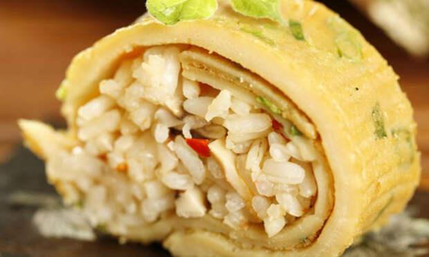 Стакан риса и 8 яиц: вкус ужина запоминается на долгие месяцы