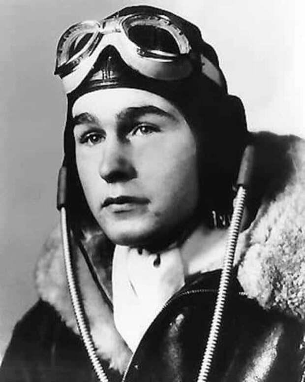 Джордж Буш-старший о войне, своем понимании борьбы с фашизмом и об уважении к русскому солдату