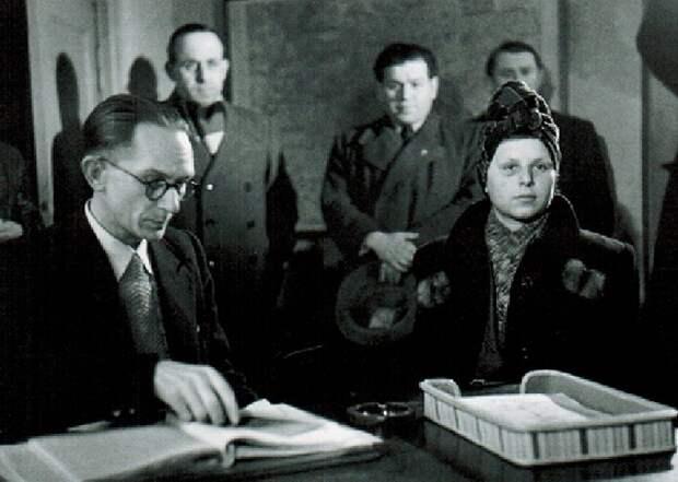 Стелла Гольдшлаг – охотница на евреев
