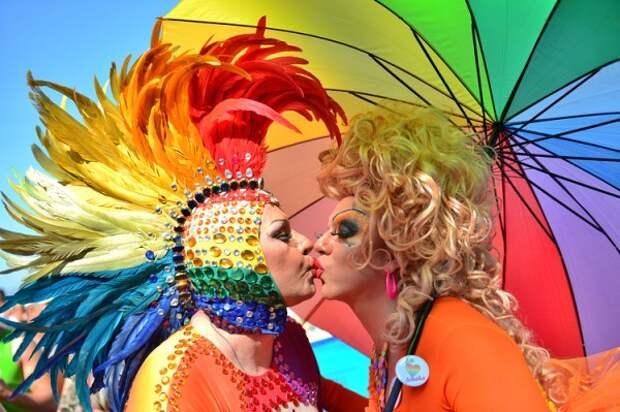 Гомосексуалисты делают нашу жизнь интереснее и разнообразней