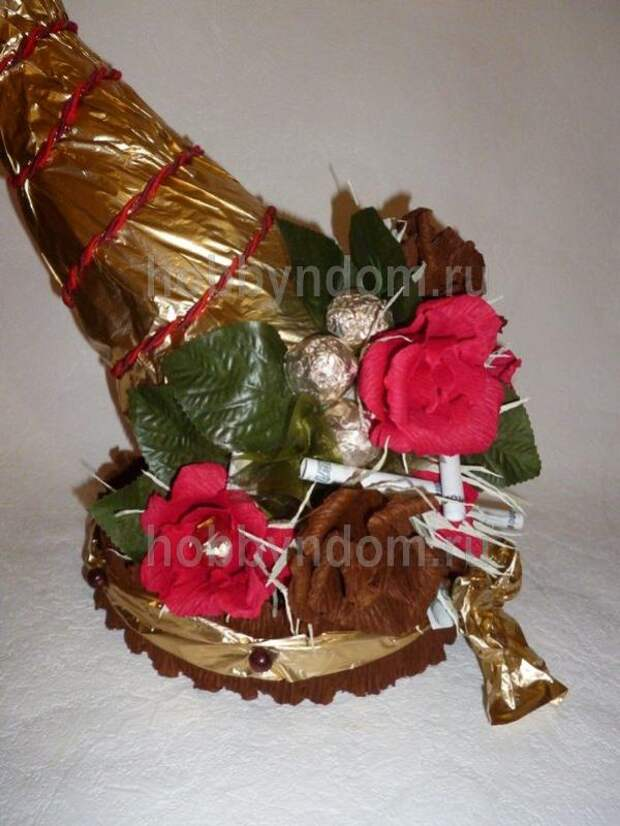 рог изобилия из конфет (4)