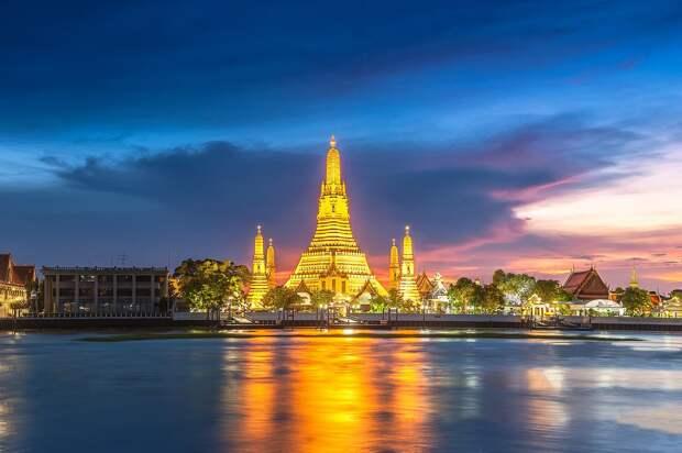 Таиланд разработал план открытия курортов страны для привитых туристов