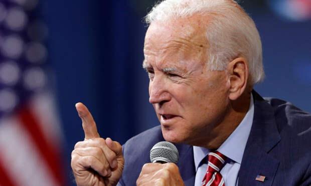 Это была провокация: кандидат в президенты США назвал военных тупыми ублюдками