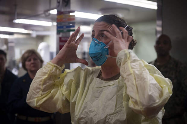 Уж мы их душили, душили: Хроника уничтожения московских больниц