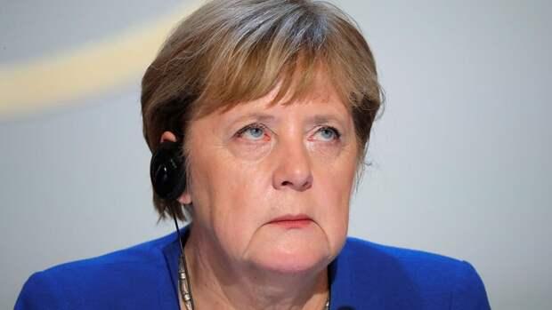 Меркель стала фигурантом дела о пропавших миллиардах