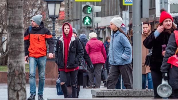 Жители России массово теряют работу. Счастливчики смогут протянуть максимум полгода
