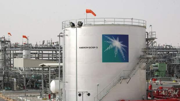Саудовская Аравия предлагает Европе тройные объемы дешевой нефти— СМИ