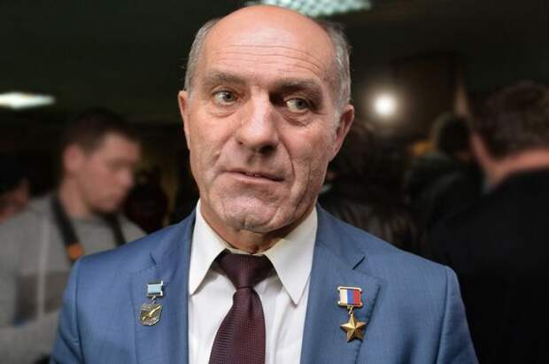 Толбоев рассказал о неспособности России превзойти американских военных в космосе