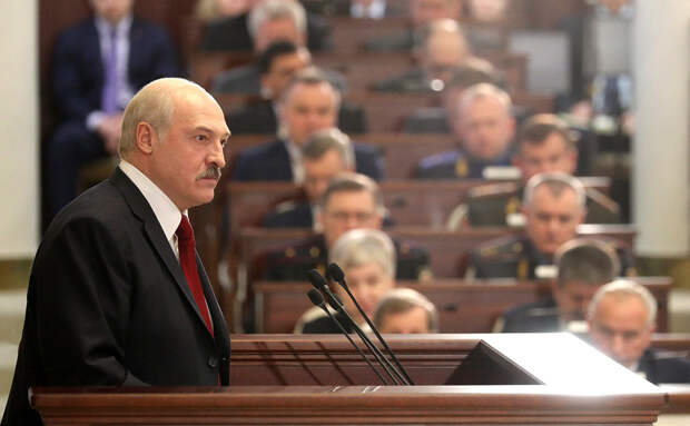 Лукашенко готовит разгром партий
