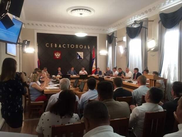 Севастопольцев и крыман предупредили о рисках при посещении Украины