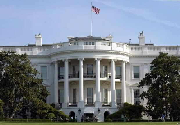 Белый дом«заморозил» поставки оружия Украине? — появился официальный ответ