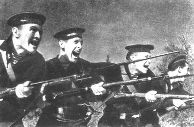 Штыковая атака морских пехотинцев. Великая Отечественная война, СССР, история