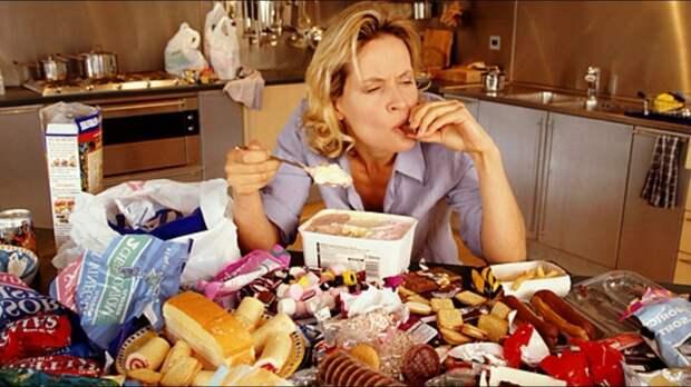 Одна из главных причин переедания: отсутствие сытости после еды