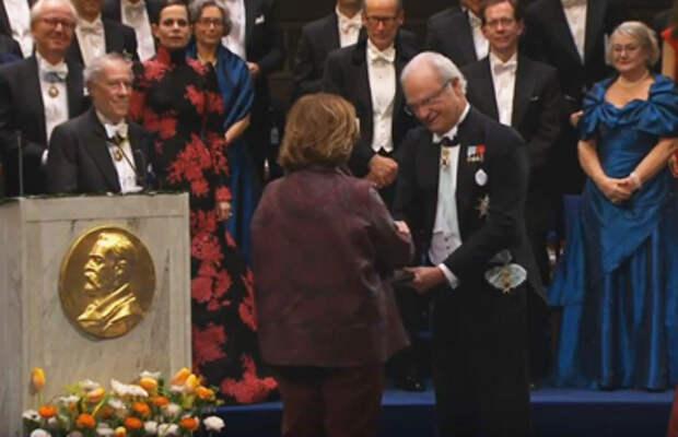 Белорусская националистка Алексиевич обесценила Нобелевскую премию по литературе