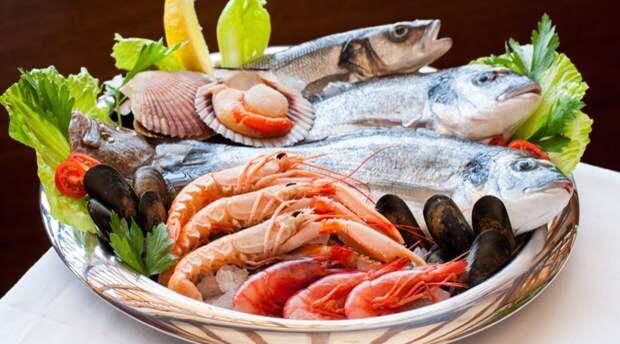 Выставка камчатских рыбных деликатесов открылась в Великих Луках