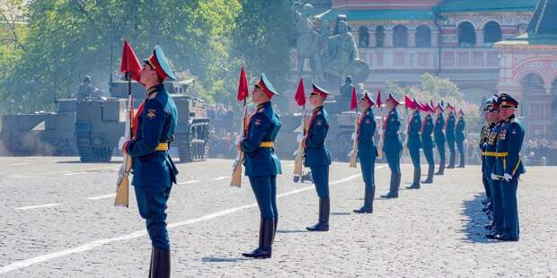 Движение по улицам СЗАО ограничат 17 июня из-за репетиции парада Победы