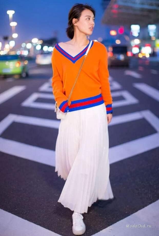 Стильная пара 2019: свитер+юбка