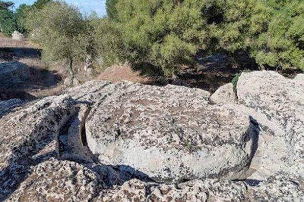 Тайна древних каменных цилиндров на Сицилии