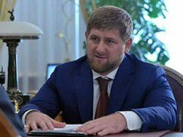 Новость на Newsland: Кадыров назвал ложью сообщения о сдавшихся в плен чеченцах