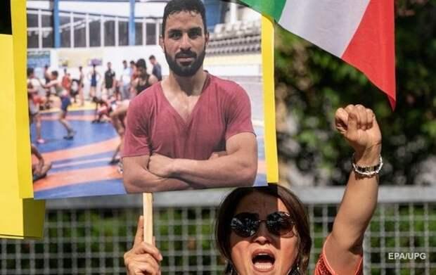 В Иране казнили спортсмена, помиловать которого просили Трамп и президент МОК