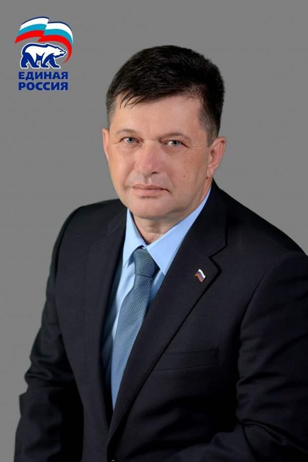 Олег Гасанов: «Я был и остаюсь членом партии «Единая Россия»»