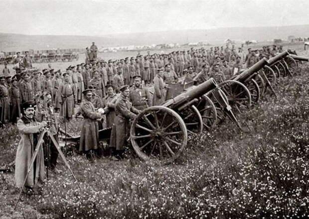 Болгарская артиллерия. Несмотря на высокие боевые качества, ничего не смогла сделать с коалицией Сербии, Черногории, Греции и Румынии