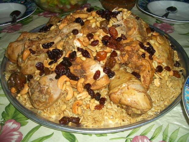 kabsah-rice-dish-from-the-middle-east