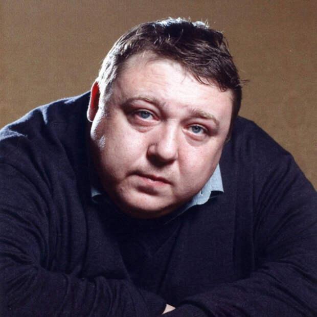 Александр Семчев попался с невестой сына на горячем