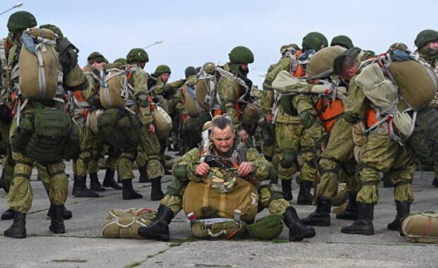 У границы с Украиной люди готовы к войне