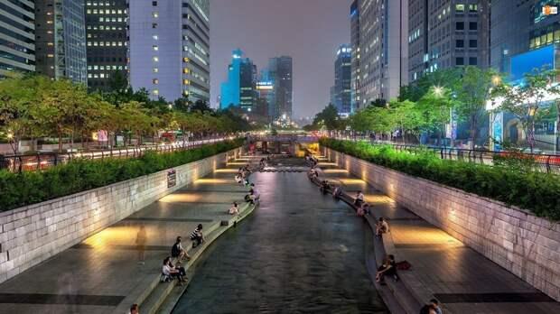 В Сеуле убрали автомагистраль и вернули реку, забетонированную в прошлом веке