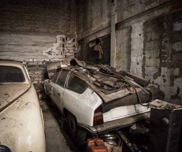 В гараже умершего бельгийского коллекционера нашли редкий Ягуар