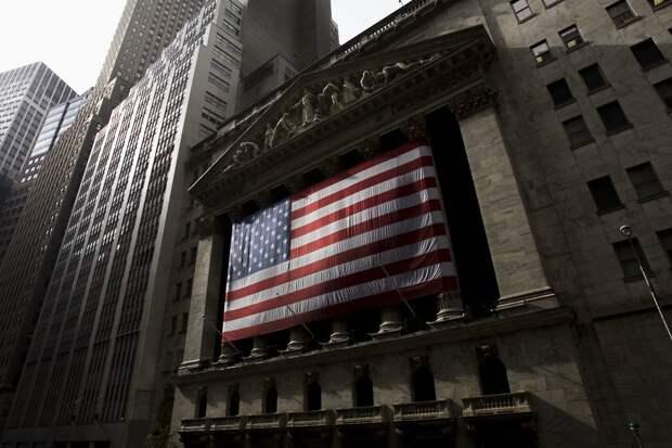 Фондовый рынок США обвалился до уровня 1987 года. Что теперь будет?