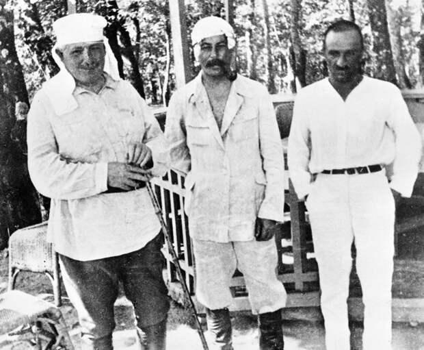 Редкие фото советских лидеров в неформальной обстановке (ФОТО)