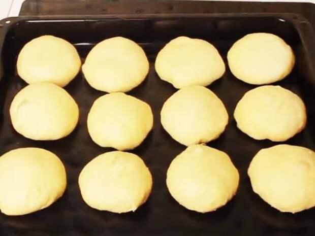 Самая вкусная домашняя выпечка. Сдобные булочки из дрожжевого теста