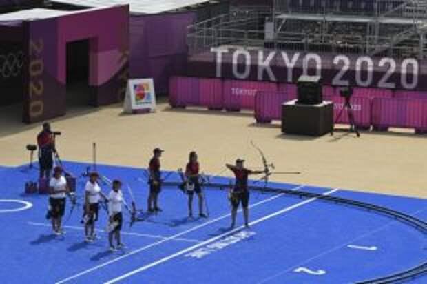 Российские лучницы прошли в полуфинал командного турнира на Играх в Токио