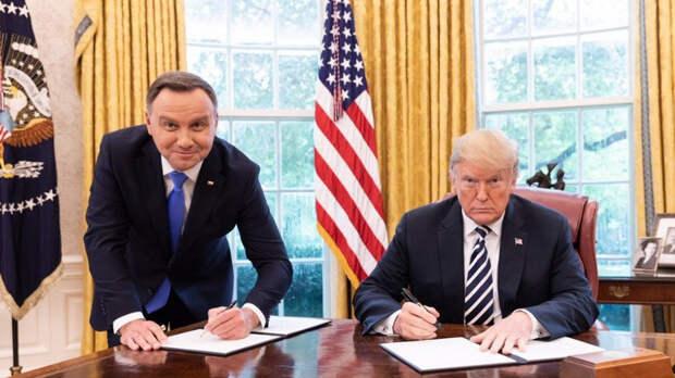 Polsat News: Трамп променял парад Победы на встречу с Дудой